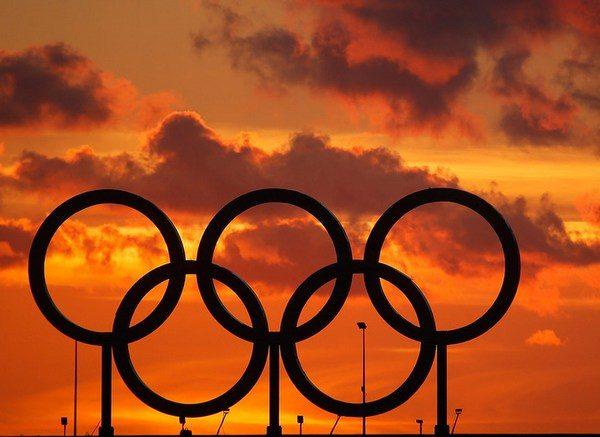 МОК понесёт миллиардные убытки из-за отстранение России от Олимпиады