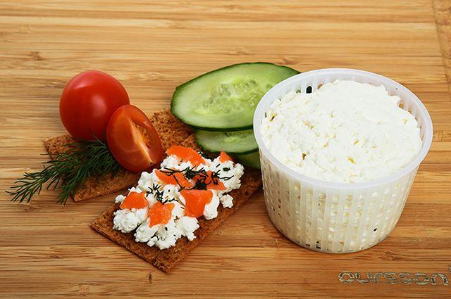 Деликатес своими руками. Как приготовить сыр на праздник?