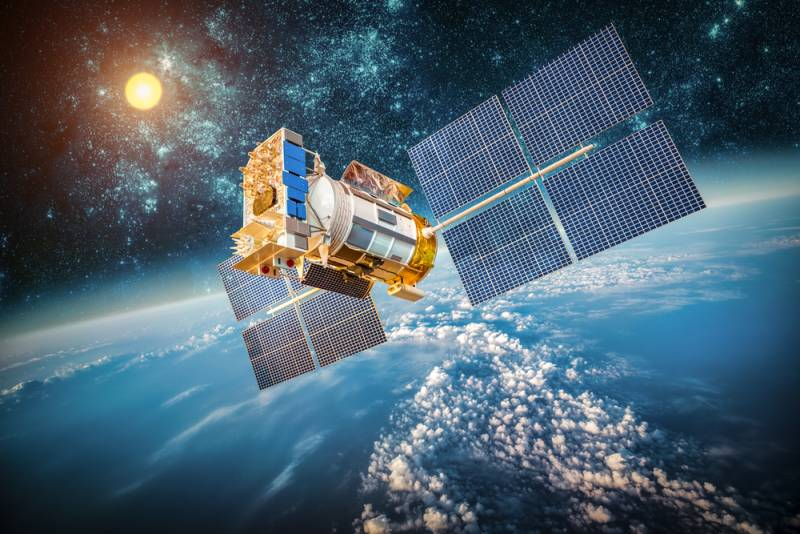 Российские военные воспользуются услугами спутниковой связи США
