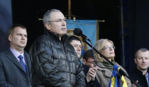 На руках Ходорковского кровь Донбасса