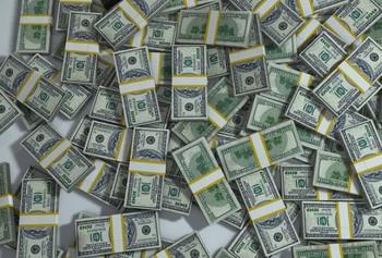 Путин поручил правительству избавиться от долларов