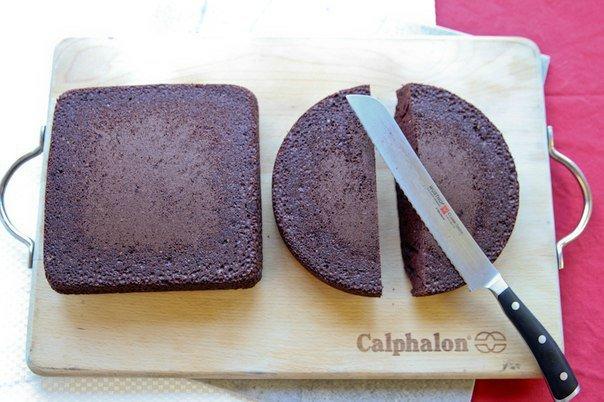 61d4598f595b Как легко  сделать торт в виде сердца. Мастер класс