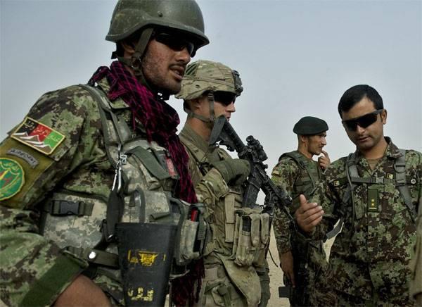 Талибы утверждают, что после их атаки на военную базу погибли более 100 афганских военных
