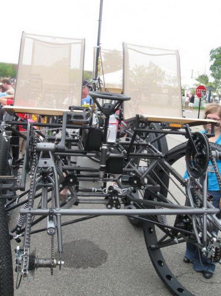 imaginative and inventive bicycle modifications 640 38 Черт побери, зачем они это сделали? (39 фото)