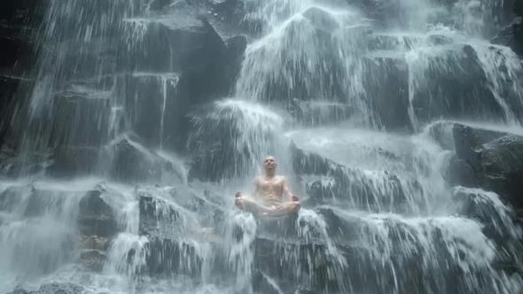 Как правильно пить воду по Аюрведе