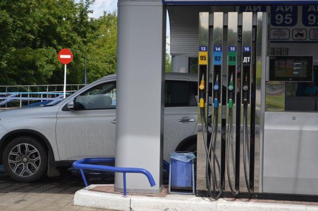 Минэнерго не ожидает резких скачков цен на бензин в 2019 году