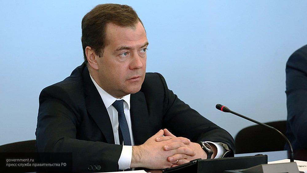 Медведев рассказал о реакции Российской Федерации на продление санкций ЕС