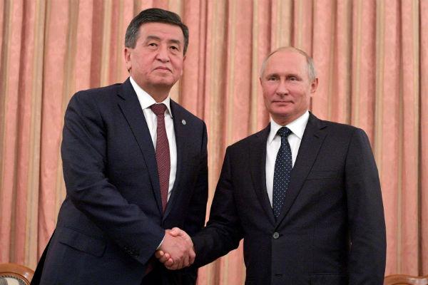 Киргизия вспомнила о многомиллионном подарке Путина и захотела еще один
