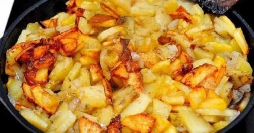 Всеми любимая жареная картошечка.