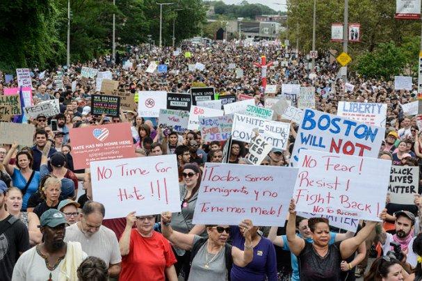 Стало известно, почему власти США не останавливают протесты
