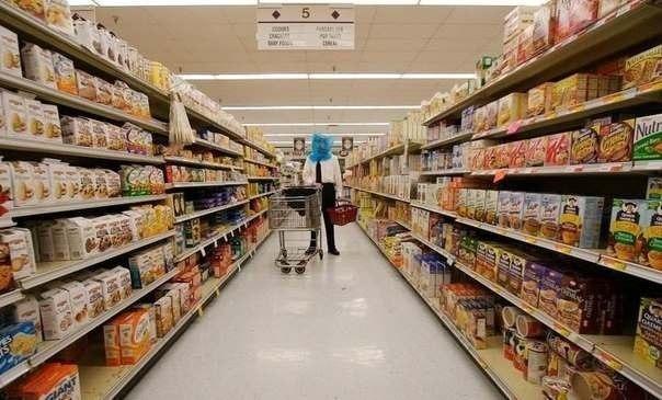 Этому парню запретили появляться в одном супермаркете