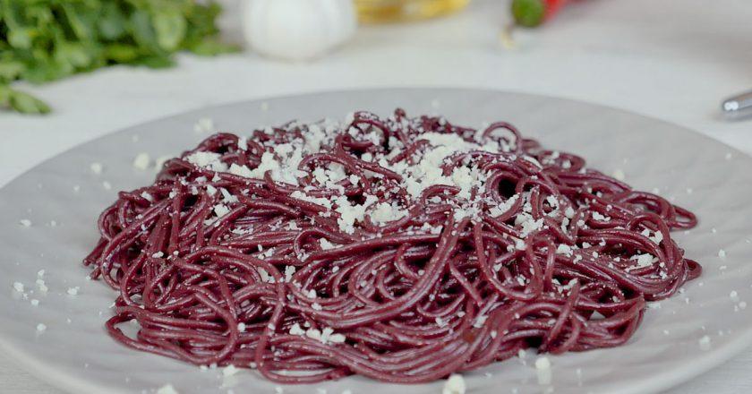 Спагетти в винном соусе