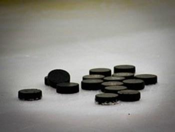 В Сочи хоккеисты сборной России и сборной Канады подрались на льду