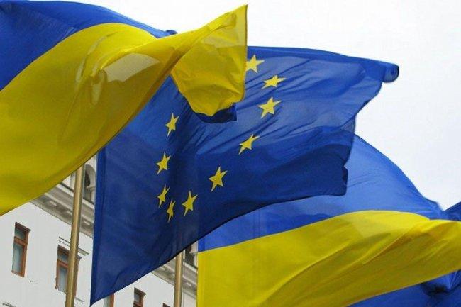 Евросоюз «пилит» западную Украину: Венгрия призывает Закарпатье к референдуму