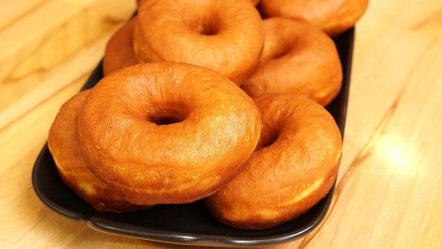 Фото к рецепту: Воздушные пончики