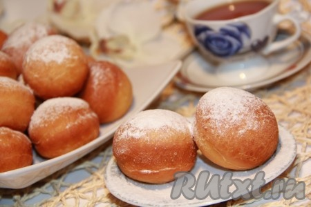 Дрожжевые пончики с начинкой
