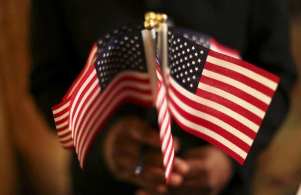 Обозреватель Bloomberg: США перестали быть мировым лидером в глазах Европы