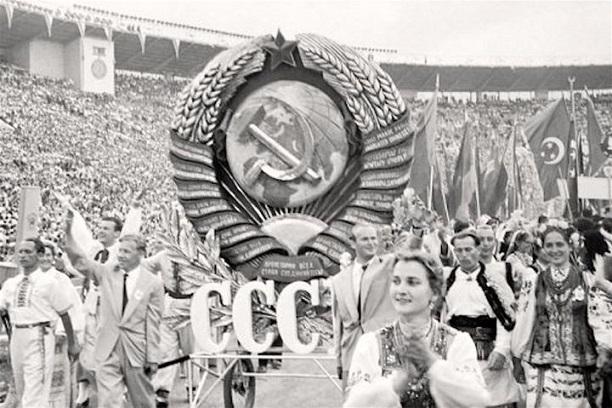 Какие бывшие республики СССР выиграли больше всего после его распада