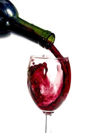 Целебные свойства красного вина.