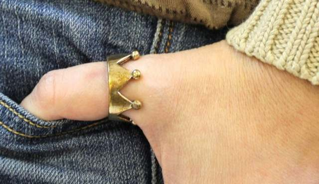 Значение КОЛЕЦ на пальцах: как правильно их носить, чтобы привлечь удачу