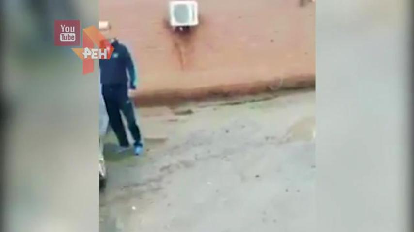 Муж застал жену в момент кончания