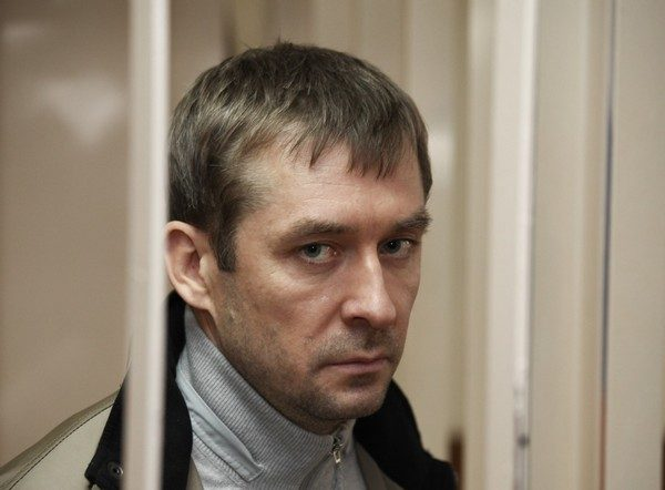 Полковник Захарченко рассказал, откуда у его отца появилось нескольких квартир