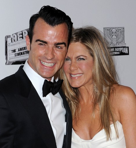 Jennifer Aniston and Justin Theroux Both Love Plastic Surgery, Botox, Yet Continue To Claim That They're Au Naturel