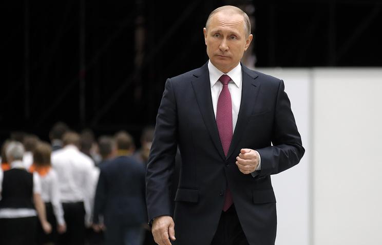 Путин выразил уверенность, что Стоуна будут критиковать за серию интервью с ним