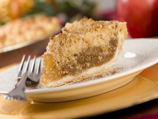 Четыре пирога и один крамбл. Варианты яблочного десерта
