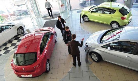 продаем авто через салон