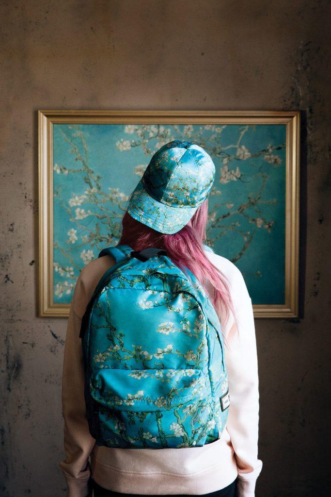 Vans выпустили коллекцию с картинами Ван Гога