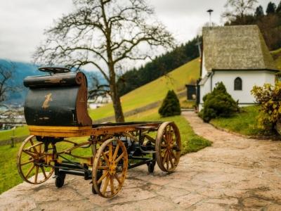 Отреставрирован самый первый автомобиль Porsche