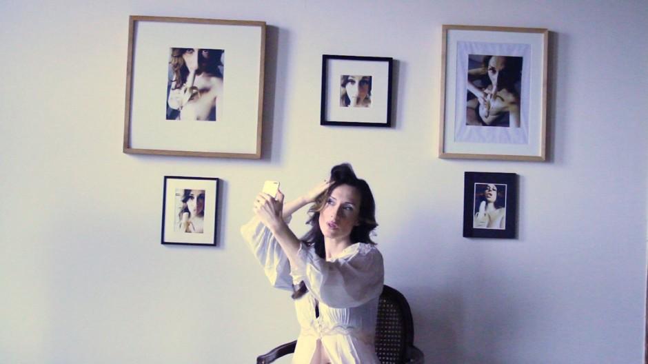 Стоит ли отправлять мужчине свои интимные фото