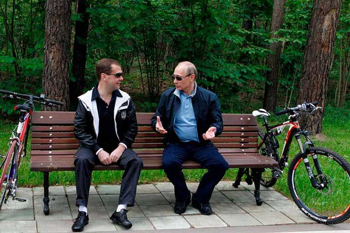 Тандем Путина и Медведева по…