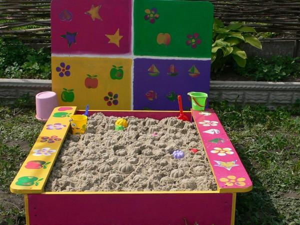 Детскую песочницу для дачи своими руками