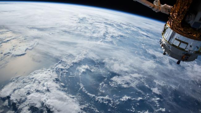«Что американцы забыли в космосе?»: Трамп признался, что США отстают от России