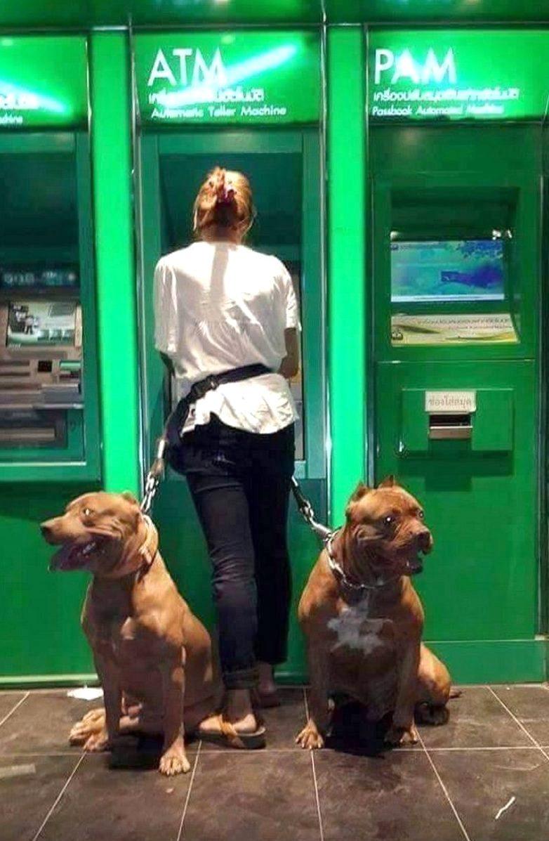 Оказывается, вот как надо снимать деньги в банкомате