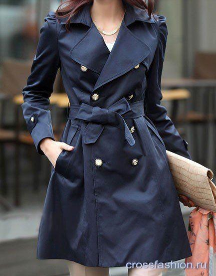 С чем носить темно - синий тренч или плащ