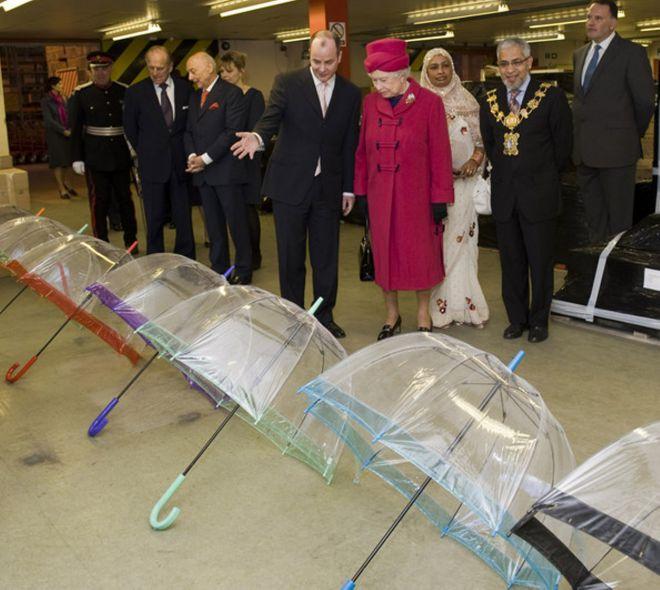 зонты королевы