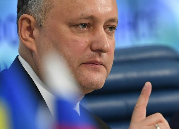 Додон объяснил парламенту, зачем Молдавии нужен президент