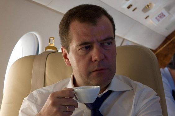 Трусы Медведева стали хитом интернета