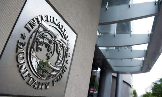 Fitch Ratings: без кредитов МВФ Украине – хана