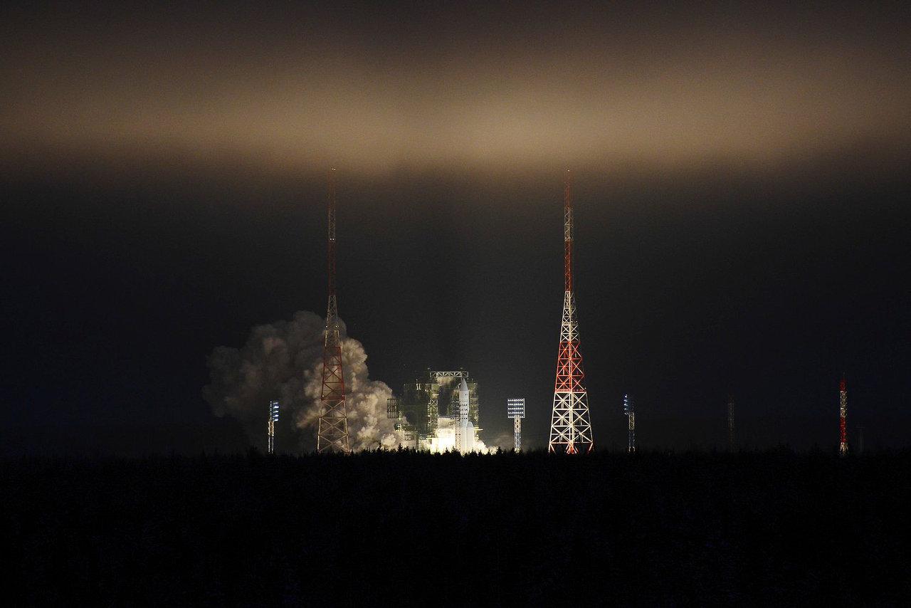 """""""Сфера"""" Рогозина: Глобальный космический интернет от «Роскосмоса» станет целевой программой"""