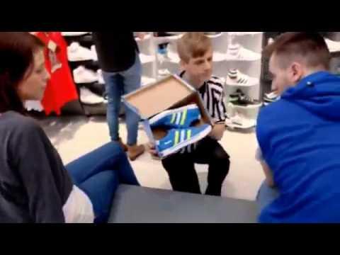 Виртуозы в обувном магазине