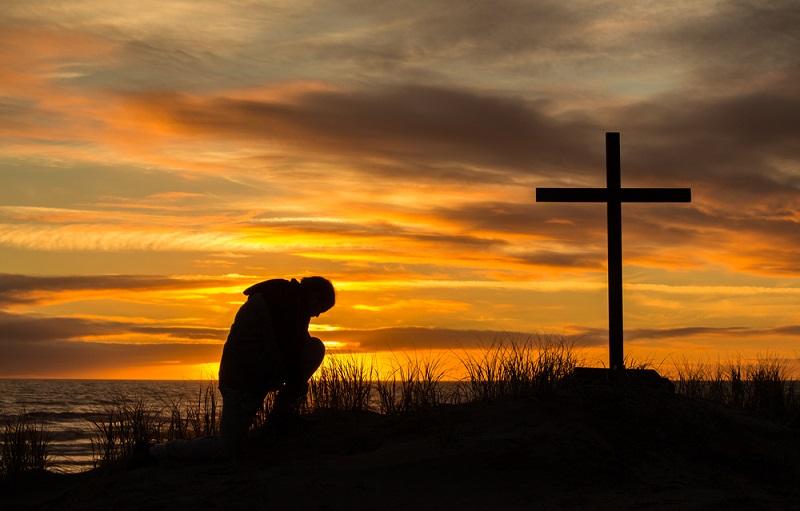 как молиться по четкам