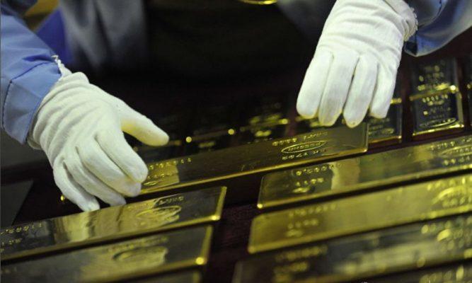 Мудрый ход со стороны Путина: СМИ Запада о рекордном увеличении закупок золота Россией с начала года
