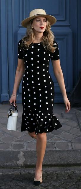 Женственное платье с воланом…