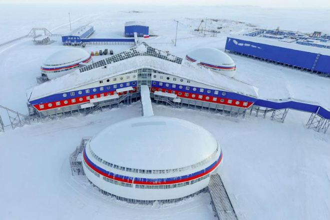 Арктический трилистник: как устроена заполярная военная база