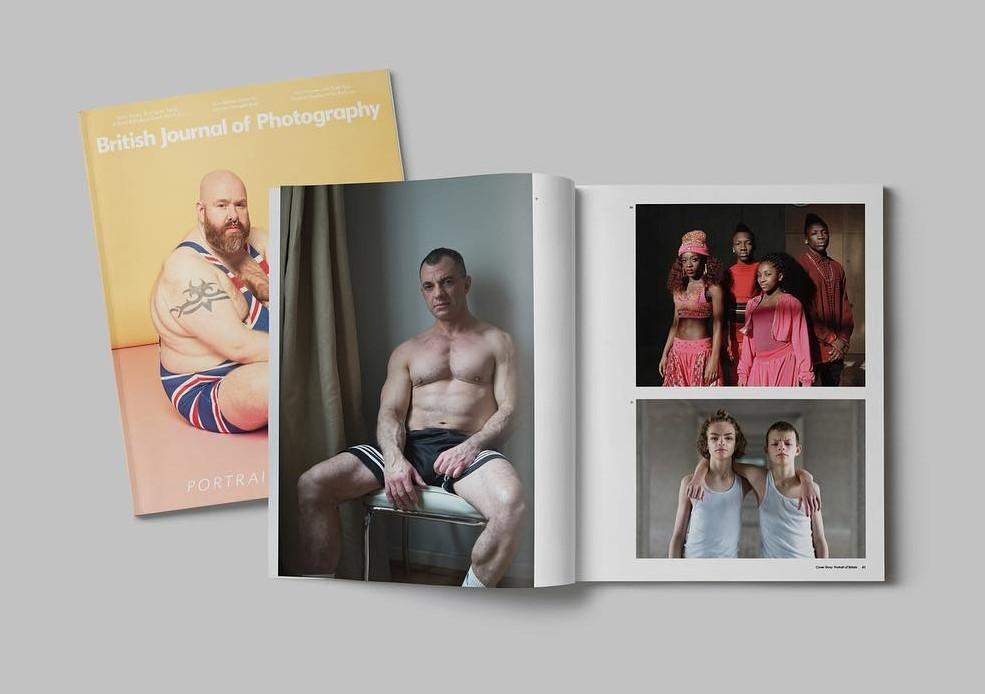 Похожие и в тоже время разные: фотопроект о близнецах