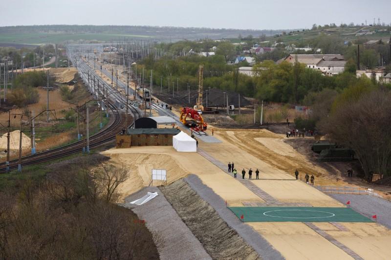 Железная дорога в обход Украины. Ищем смысл
